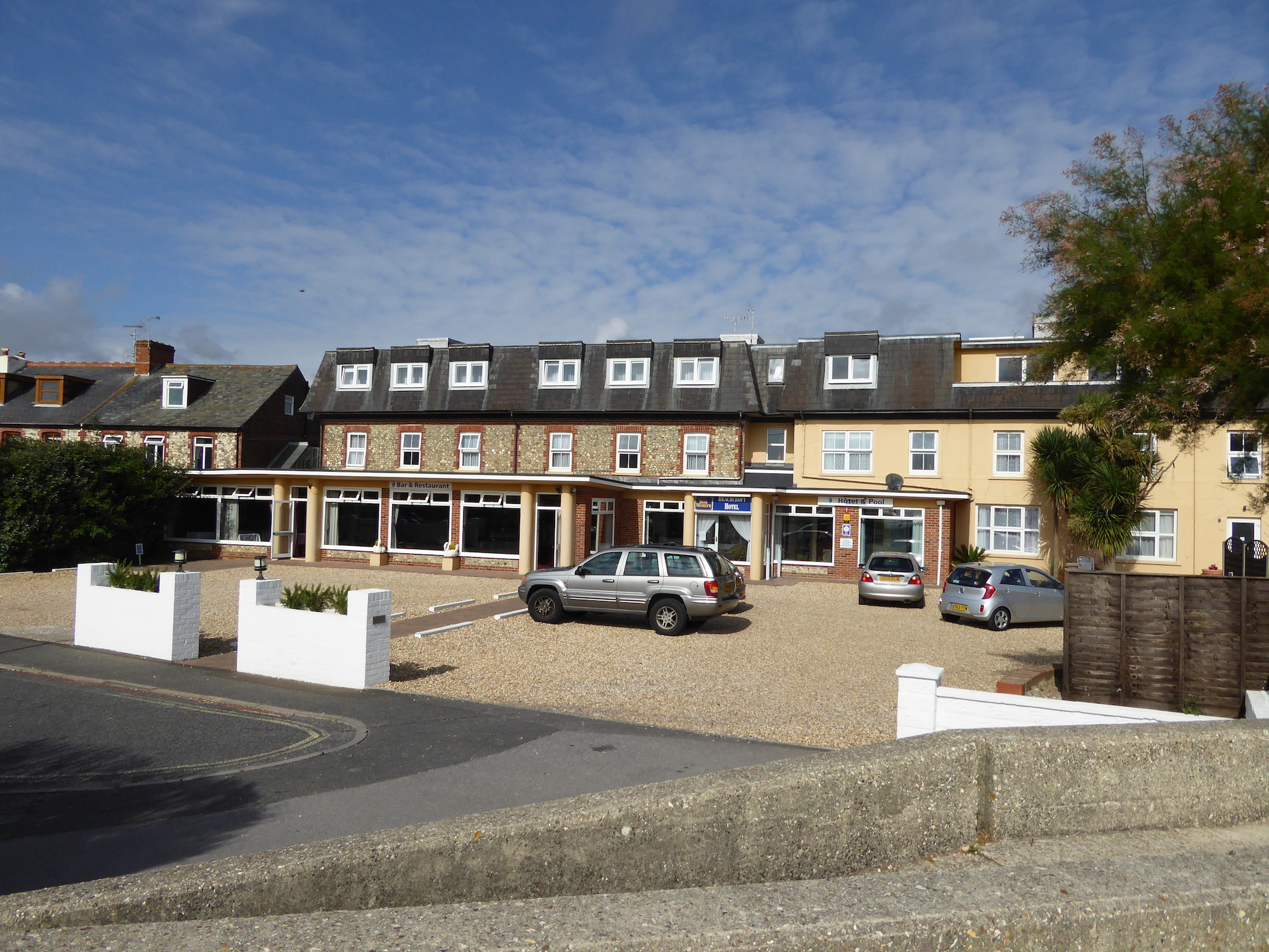 Th Beachcroft Hotel